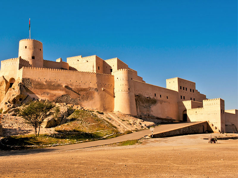Het imposante fort in Nakhla Oman.