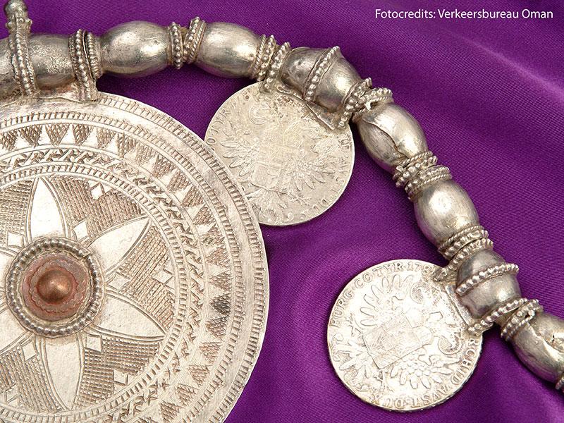 In Oman zijn zilveren sieraden zeer populair.