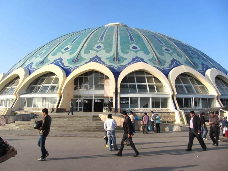Deze bazaar is de druksbezochte in Uzbekistan