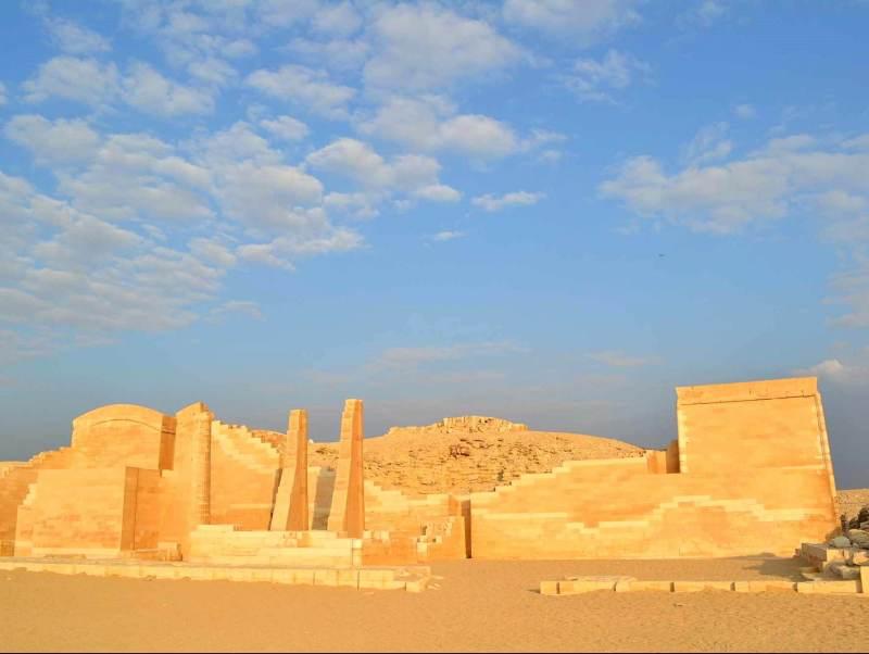 De belangrijke stad Memphis in Egypte zult u zeker niet overslaan tijdens uw autorondreis