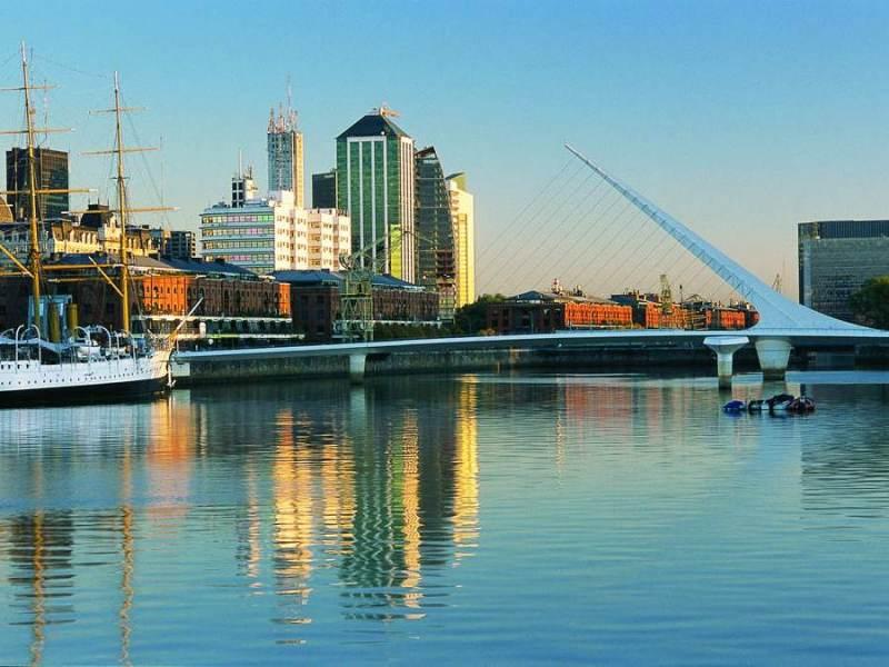 De haven van Buenos Aires