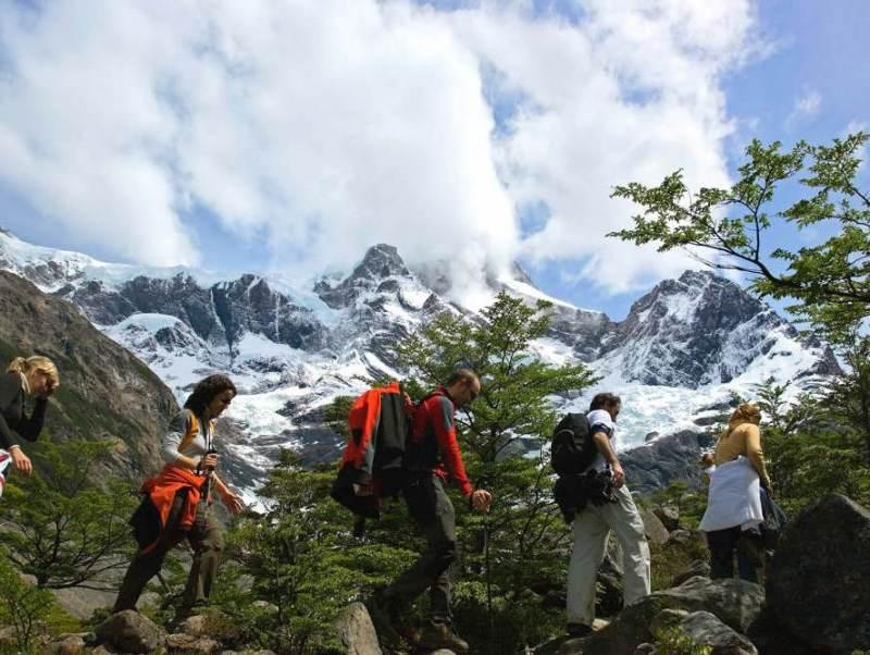 Fitz Roy Mountain Range is een prachtige gebergte waar u uitstekend kunt wandelen tijdens uw rondreis