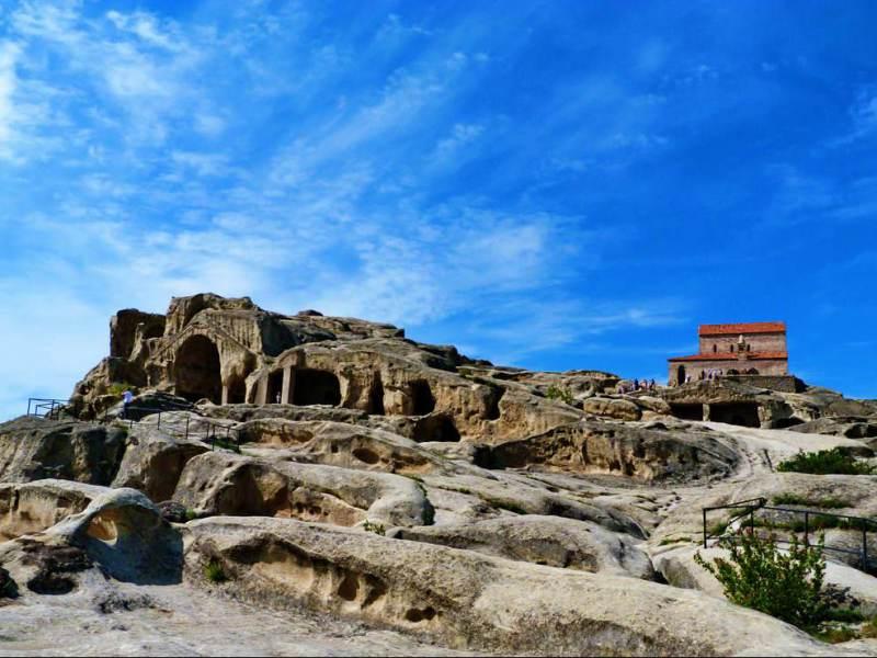 dit georgische dorp is een van de oudste van het land door het oud steen gehouwen